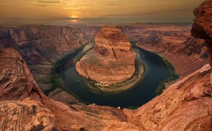Horseshoe Bend near Page , Arizona